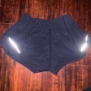 Navy Lululemom Hotty Hot Shorts 2.5